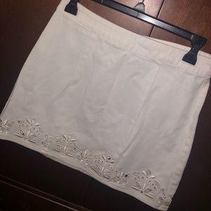 Pacsun White Skirt with Floral Design Hem